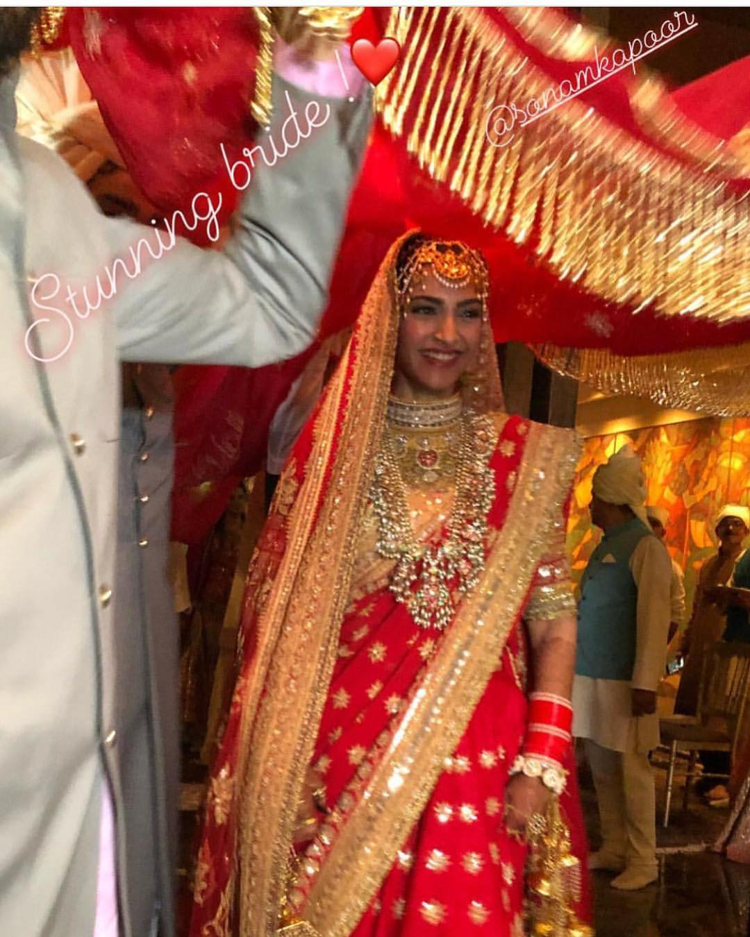 19-2 Sonam Kapoor Wedding Pics - Engagement and Complete Wedding Pictures