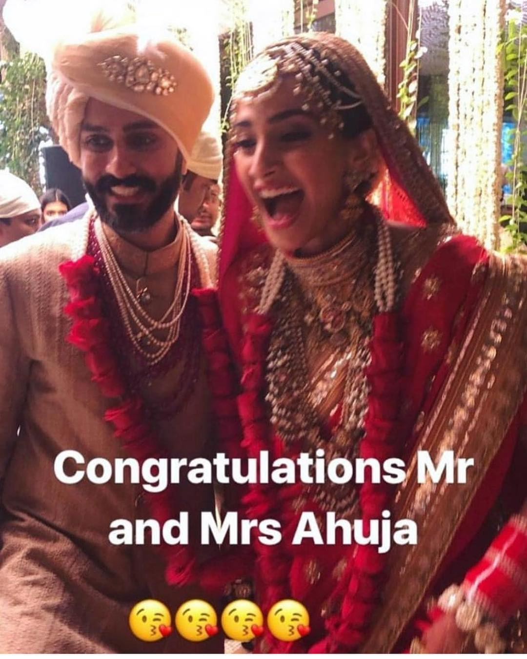 23-3 Sonam Kapoor Wedding Pics - Engagement and Complete Wedding Pictures