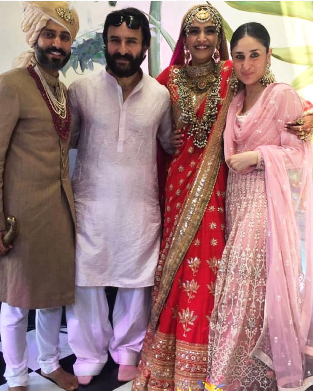 25-1 Sonam Kapoor Wedding Pics - Engagement and Complete Wedding Pictures