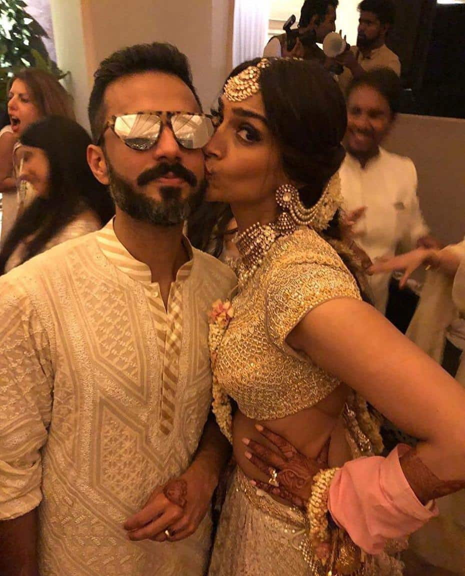 33-1 Sonam Kapoor Wedding Pics - Engagement and Complete Wedding Pictures