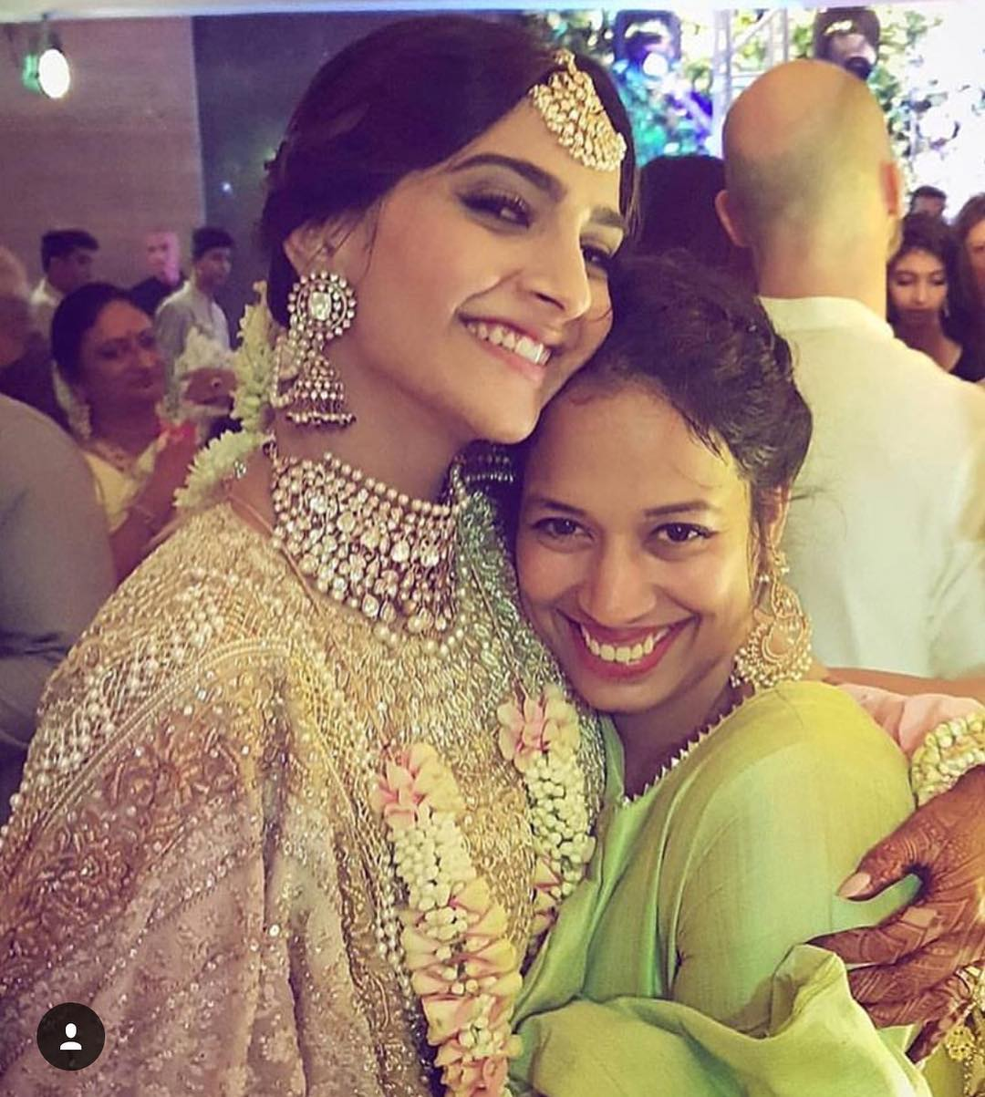 4-2 Sonam Kapoor Wedding Pics - Engagement and Complete Wedding Pictures