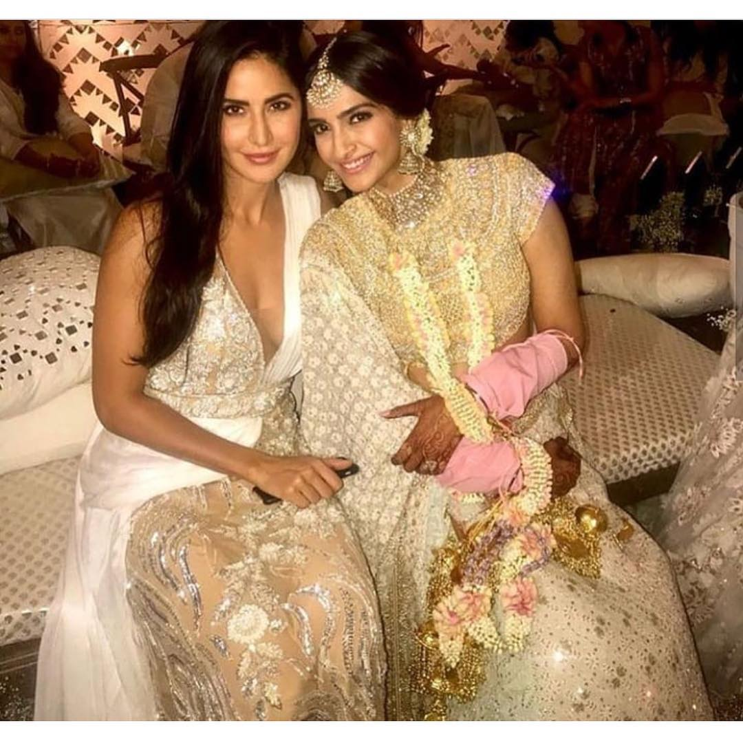 8-2 Sonam Kapoor Wedding Pics - Engagement and Complete Wedding Pictures