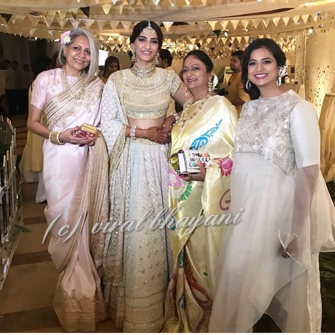 9-2 Sonam Kapoor Wedding Pics - Engagement and Complete Wedding Pictures