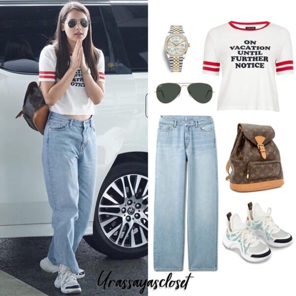 Graphic-Tee-with-Blue-Jeans-600x600 25 Outfits to Wear With White Sneakers for Women