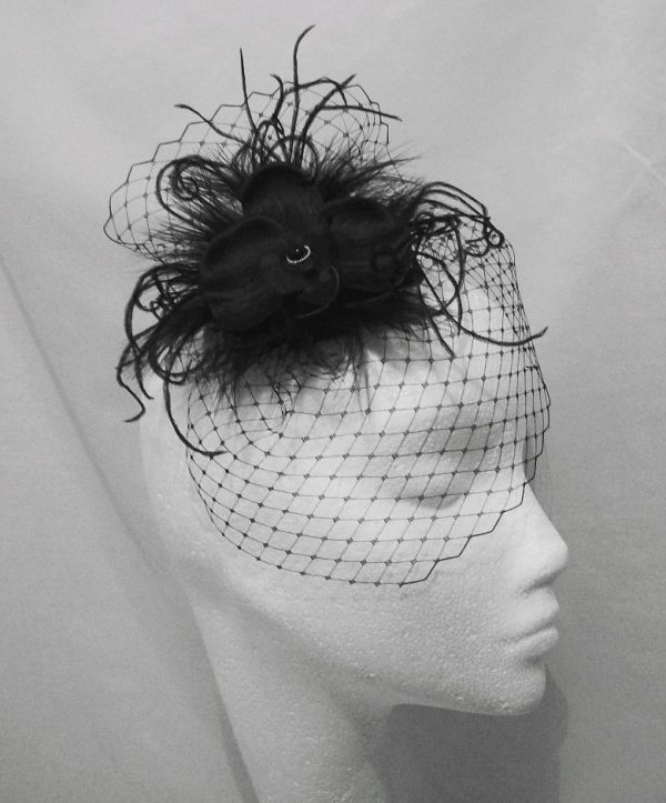 funeral-hat-600x723 30 Best Funeral Outfits for Teen Girls-What to Wear to Funeral