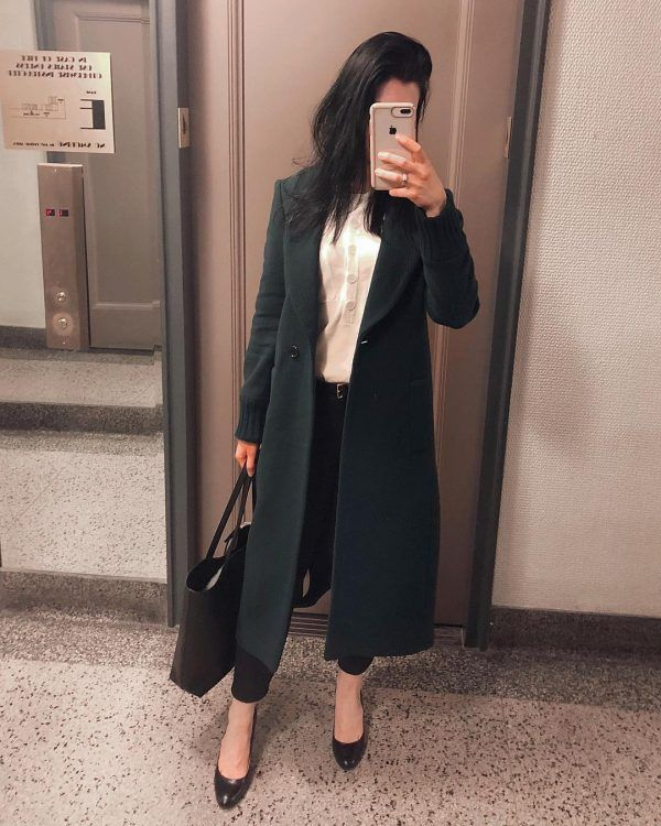 long-coat-600x750 30 Best Funeral Outfits for Teen Girls-What to Wear to Funeral