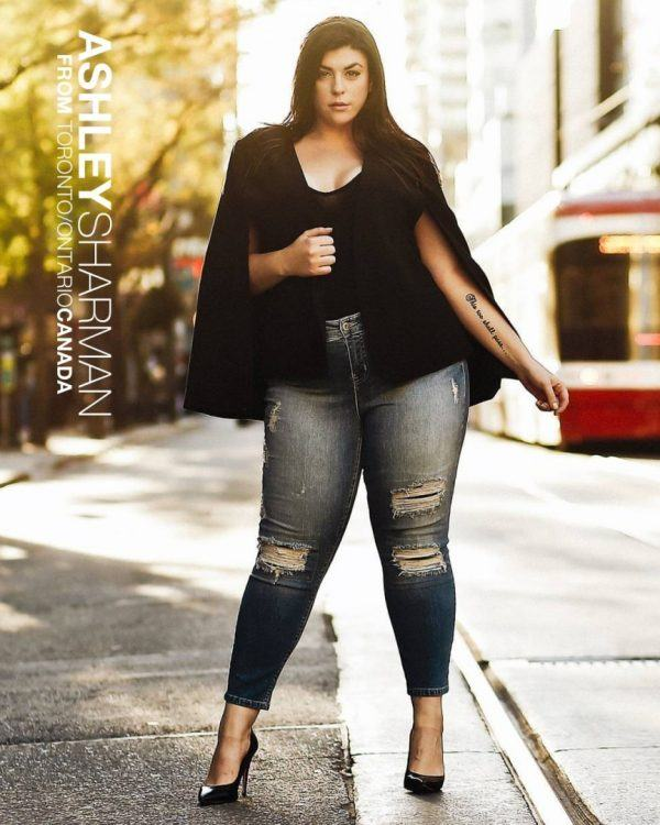 shoes-with-jeans-600x750 21 Best Winter Jeans Outfits for Plus-Sized Women to Stay Cool and Chic