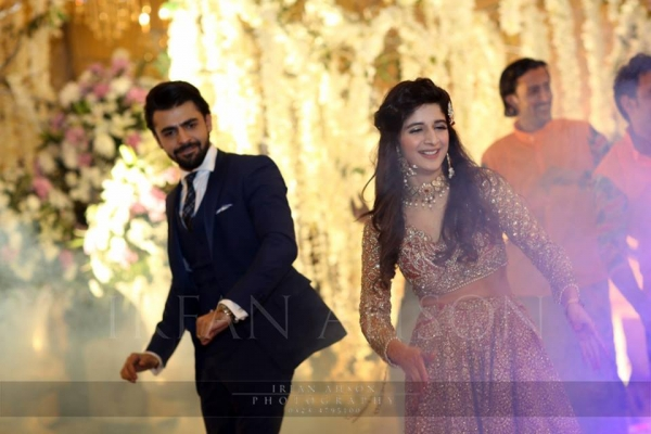 mawra and farhan saeed dancing on wedding