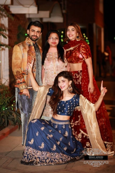 urwa and farhan wedding dholki pictures