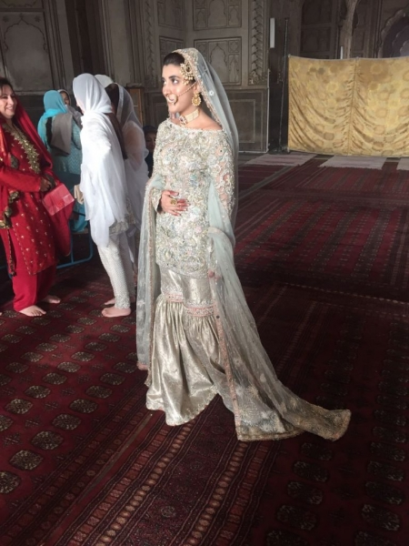 urwa hocane white nikkah dress