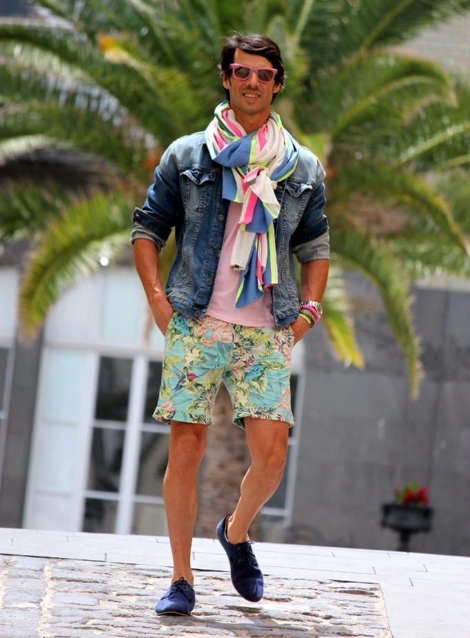 How to wear Bermuda shorts men