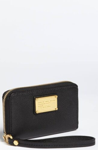 MARC JACOBS classic phone wallets