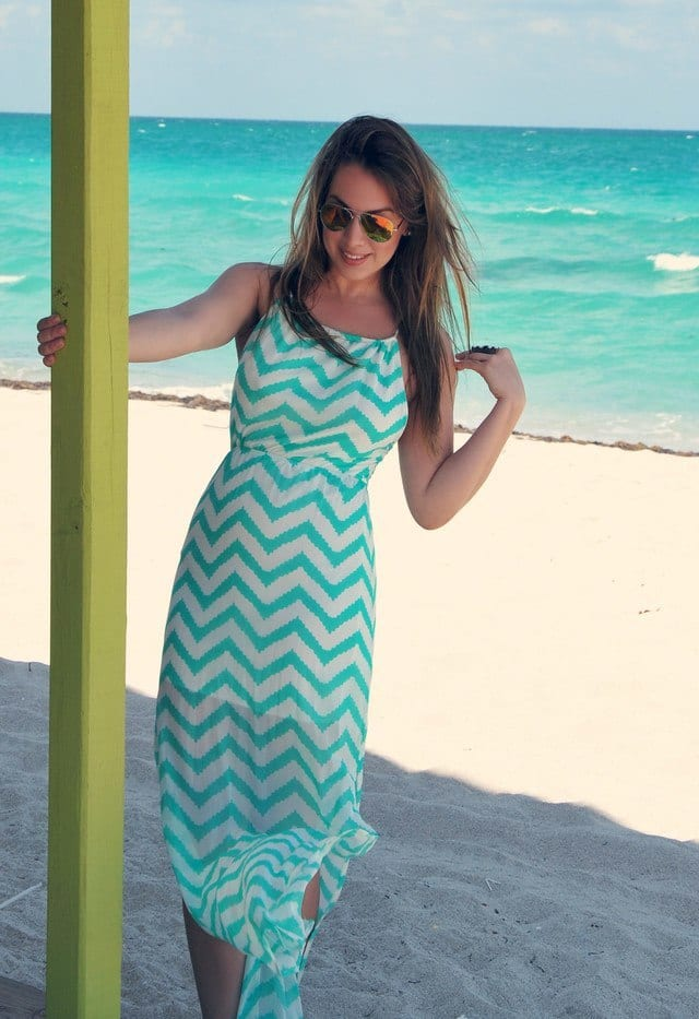 stylish beach outfits for women