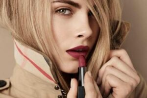 Cara Delevigne Red Lipsticks Ideas