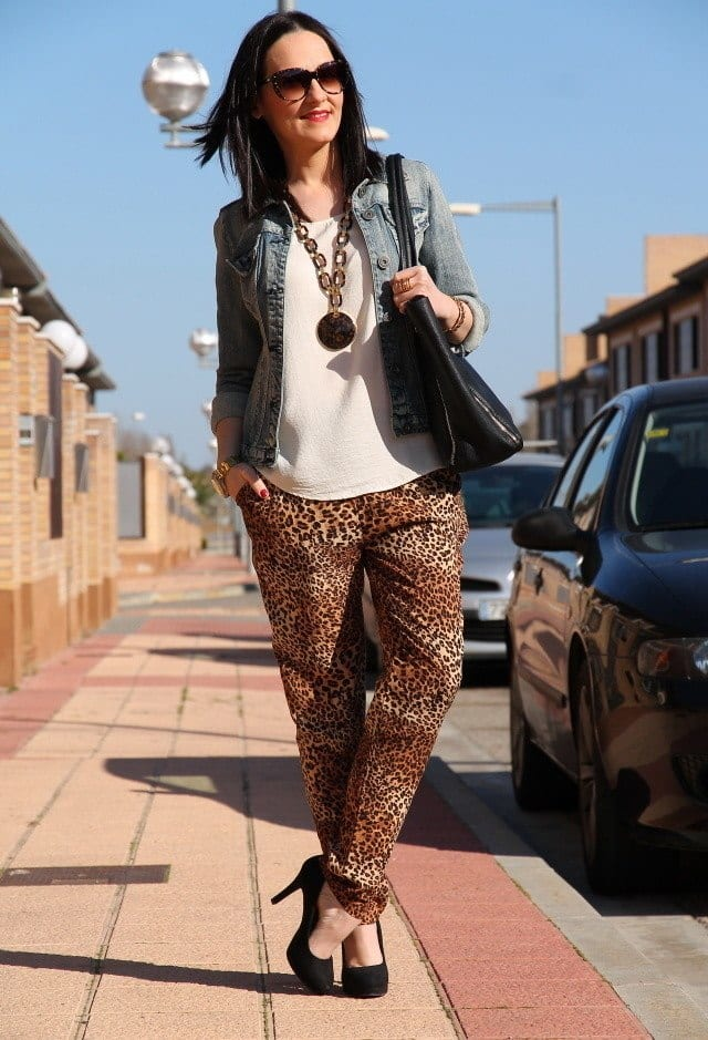 Animal print baggy pants