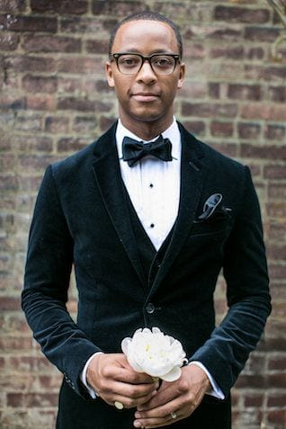 Black men bow tie