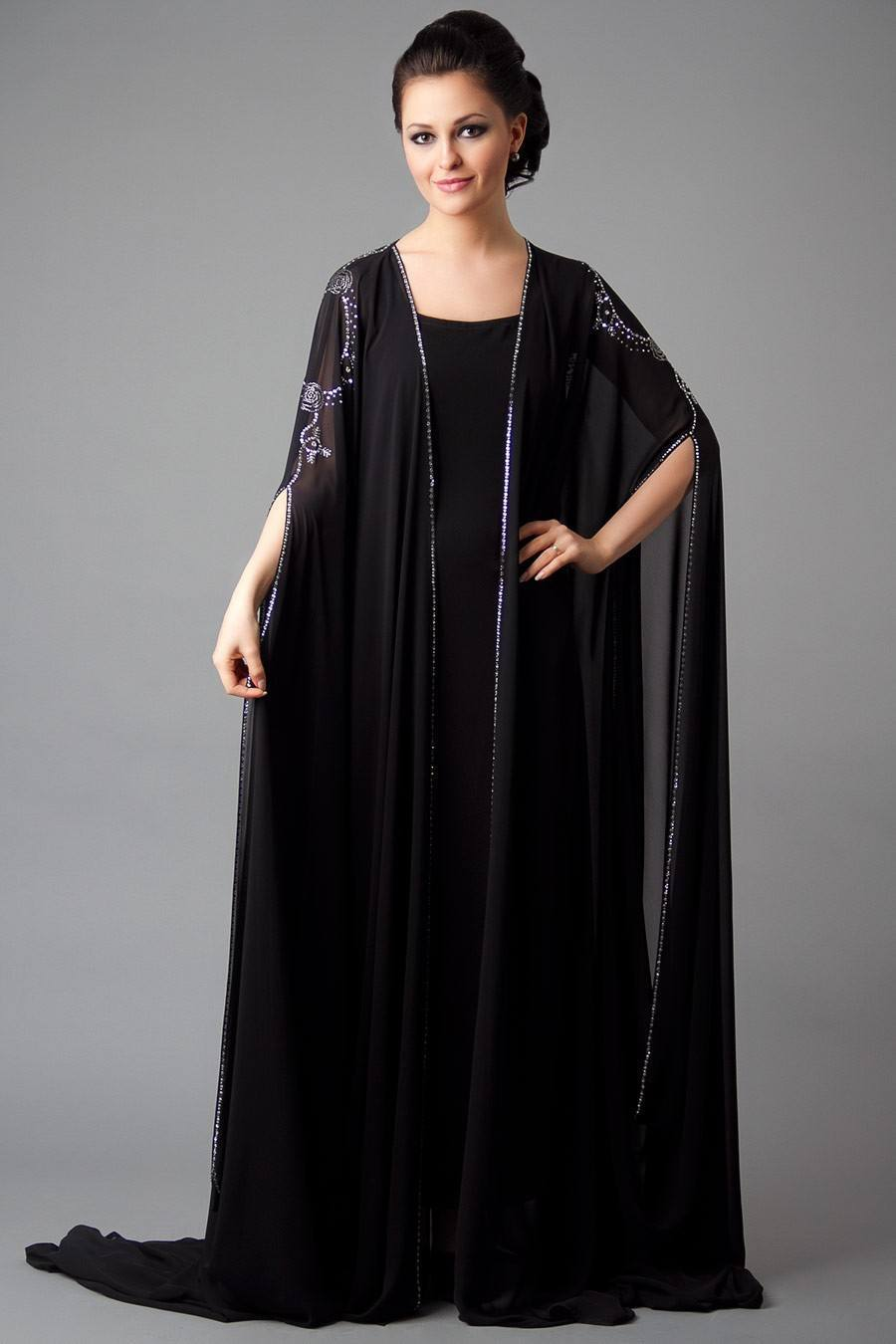 f46f7f7c1de2 15 Most Popular Dubai Style embroidered Abayas