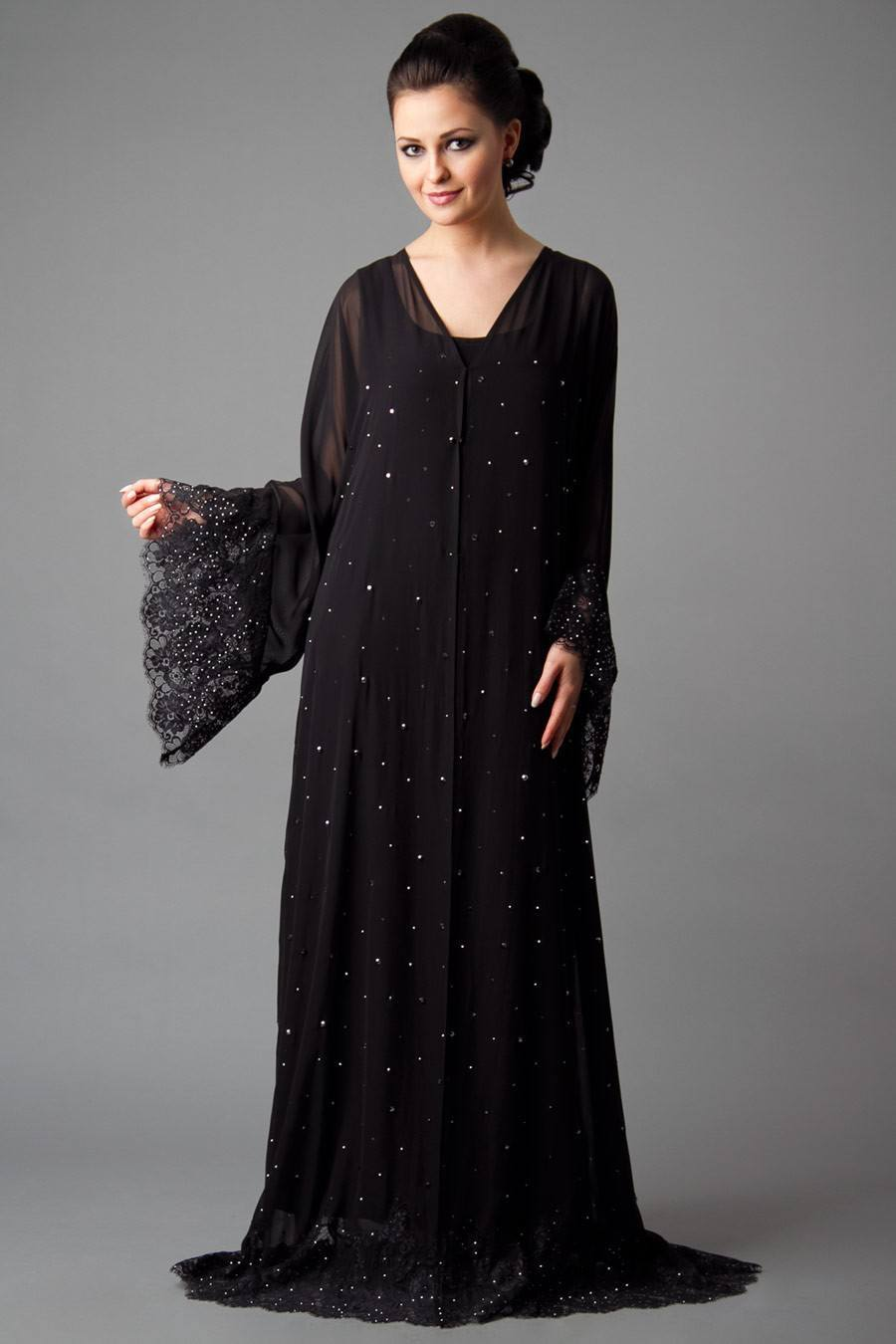 818dc361931b6 15 Most Popular Dubai Style embroidered Abayas