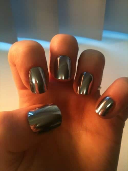 Latest Metallic nails fashion