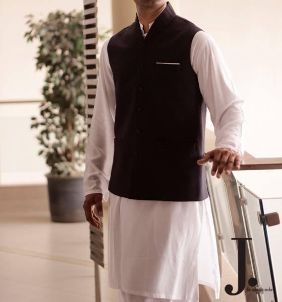Designers waist coat shalwar kameez