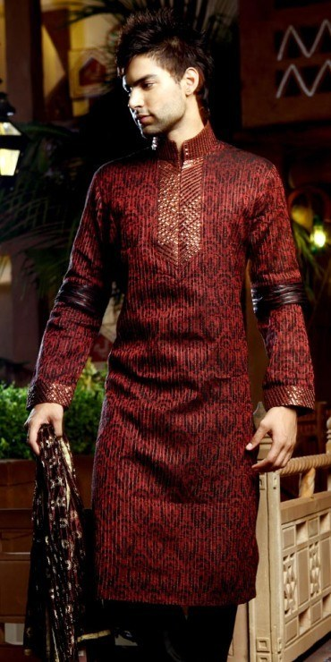 Groom Mehndi Dressing ideas