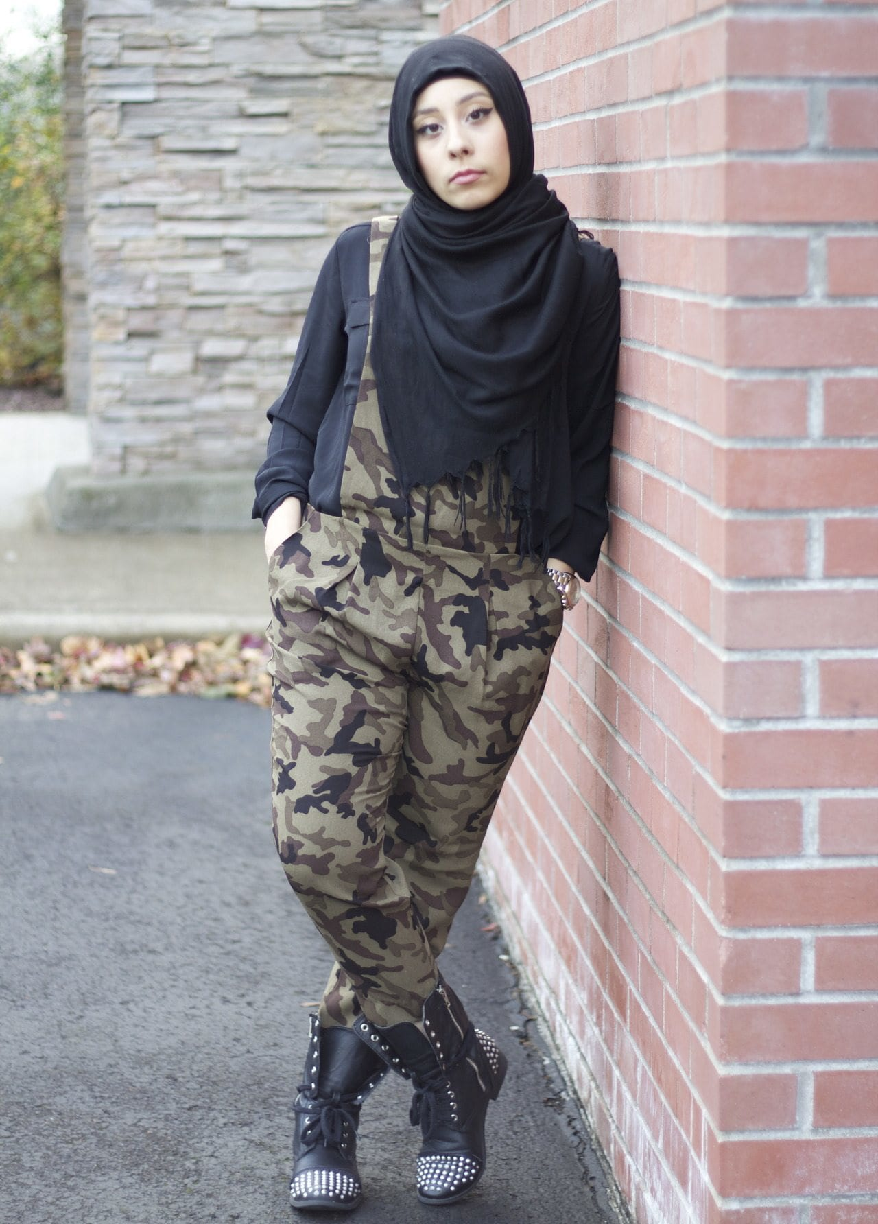 14 Popular Hijab Street Style Fashion Ideas This Season