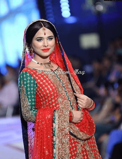 Models In Mehndi Dresses