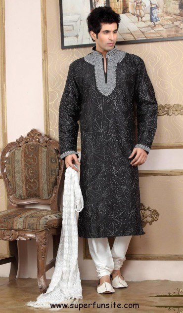 Pakistani Groom Mehndi Dresses
