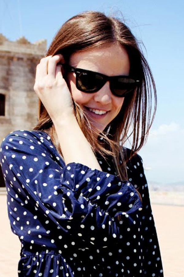 8ddc39affd3 Latest Style Sunglasses for Teenage Girls. Wayfarers Teenage girls