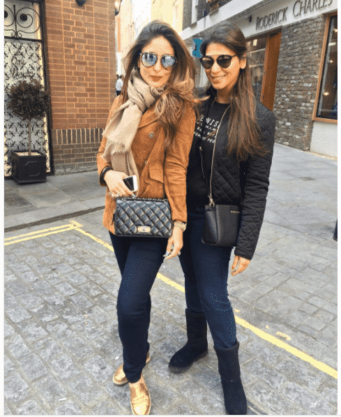 84fa3536ab00c 15 Stylish Indian Street style Fashion Ideas for Women