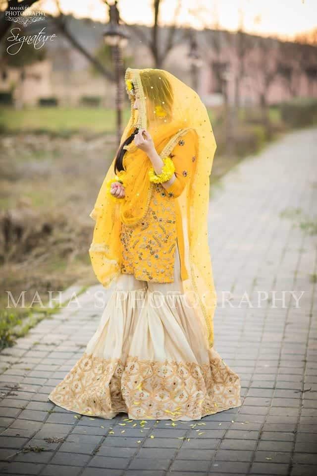 pakistani yellow bridal dress
