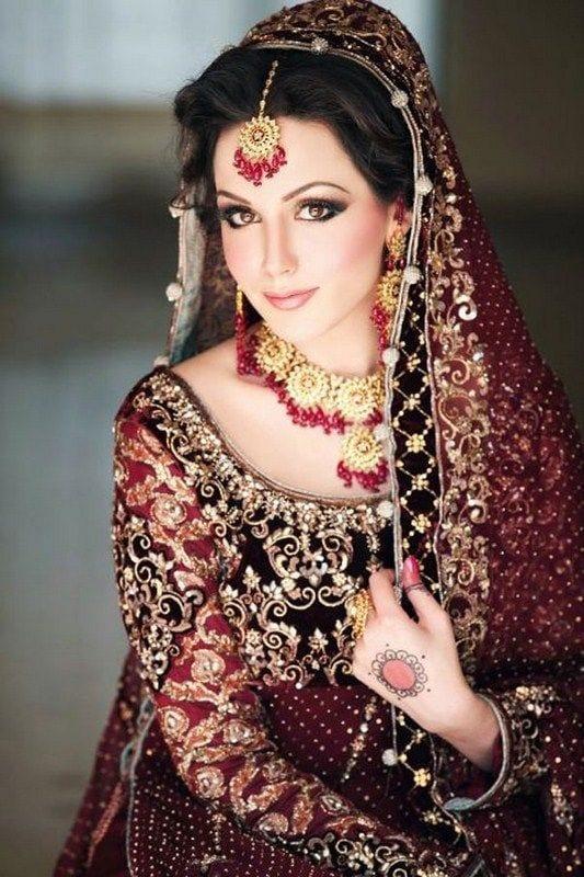 a97cb34c77 10 Most Stylish Pakistani Bridal Dresses -Wedding Outfits