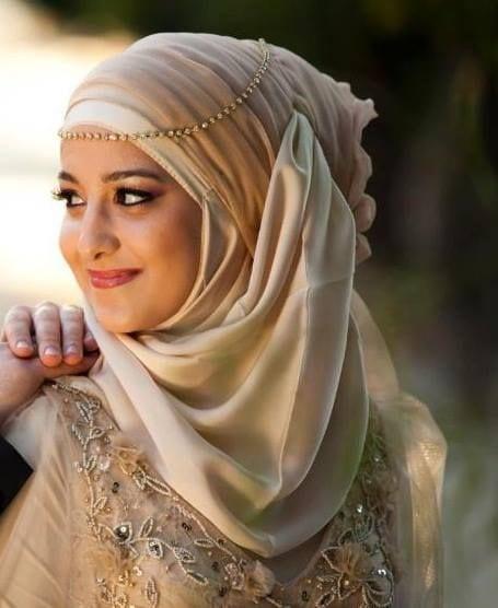 Hijab head chains styles