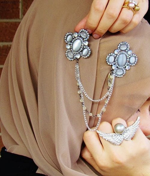 how to make your hijab stylish