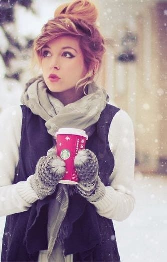 25 Cute Winter Hairstyles for College Girls For Chic Look 1eceebbdcf6a