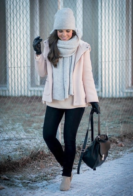 a7313f9836f7 23 Cute Winter Outfits For College/High School Girls