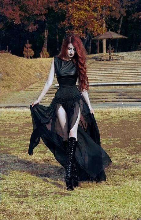 how to dress goth  12 cute gothic styles outfits ideas