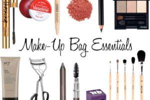 Makup bag essential kit