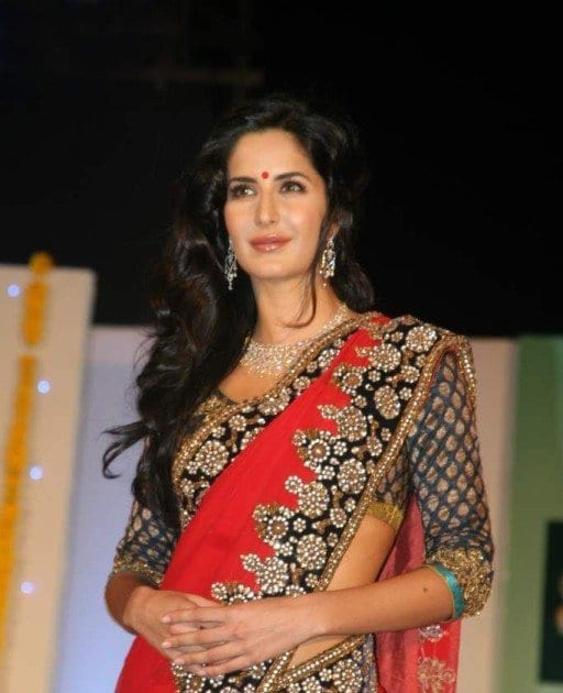 katrina kaif hairstyle with saree