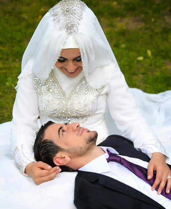 muslim romantic couple