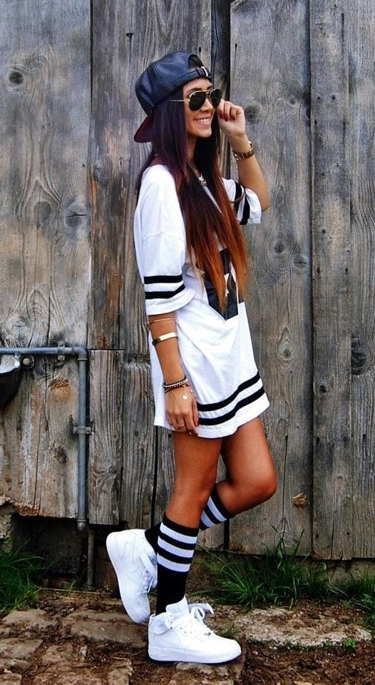 20 Trending Urban Outfits for the Teenage Girls these Days