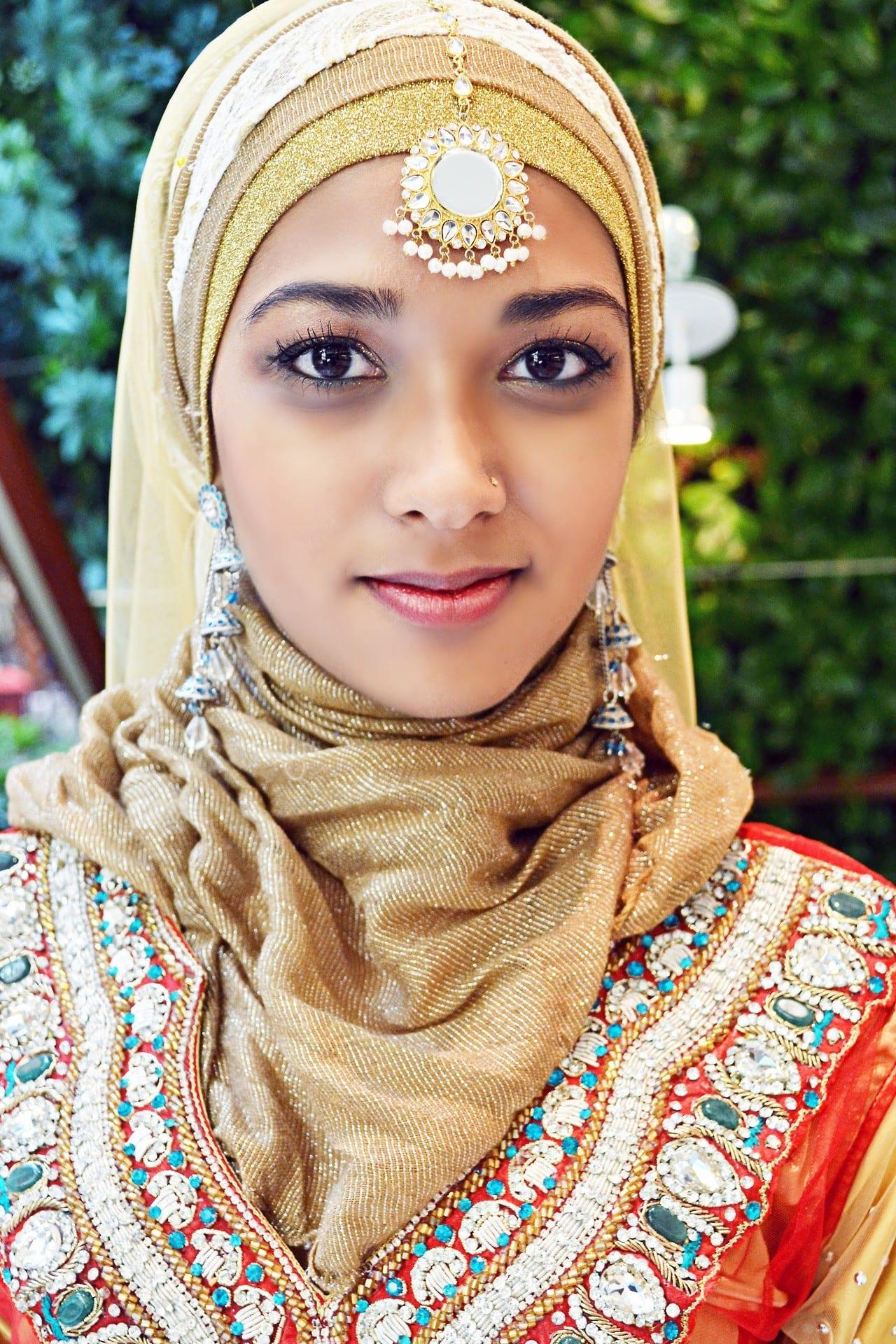 Hijab Earring Style