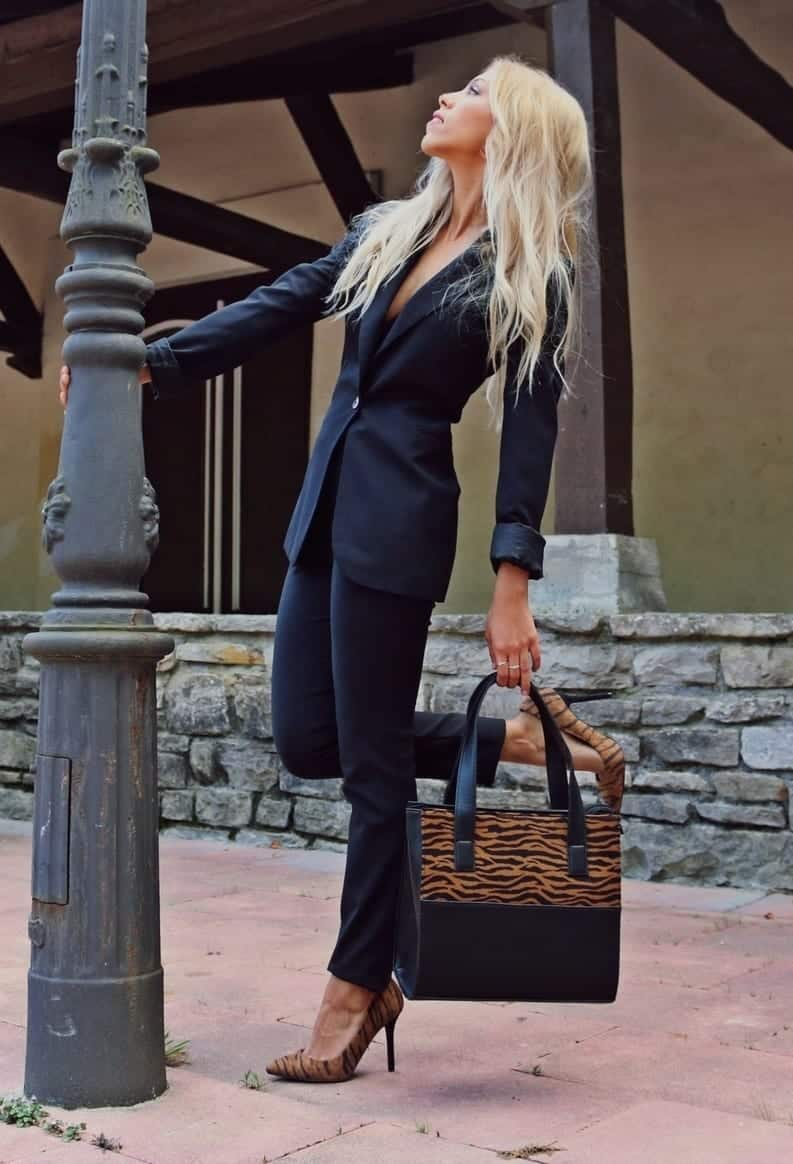 spring outfits for working women (1)
