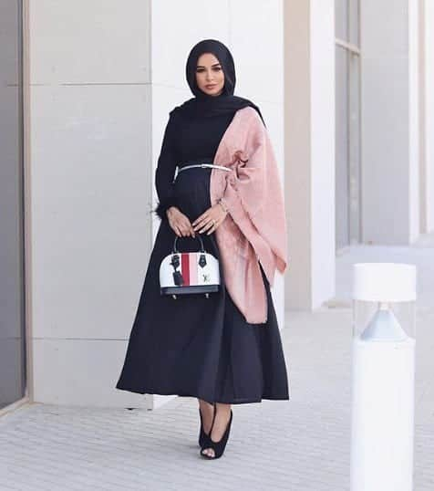 Top 20 Hijab Fashion Bloggers (8)