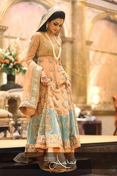 15 Latest Style Walima Bridal Dresses To Look Gorgeous Bride