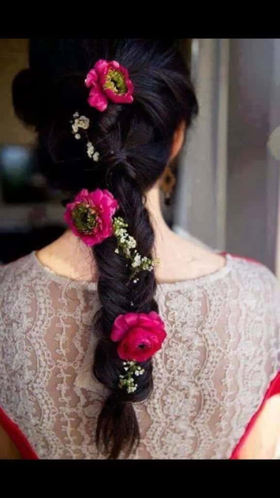 20 Simple and Cute Hairstyles For Mehndi Function This Season