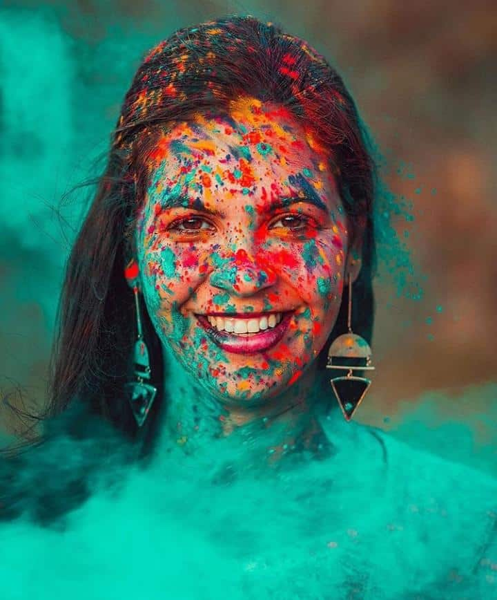 Make The Most of Holi With These Stunning Outfit Ideas (4)