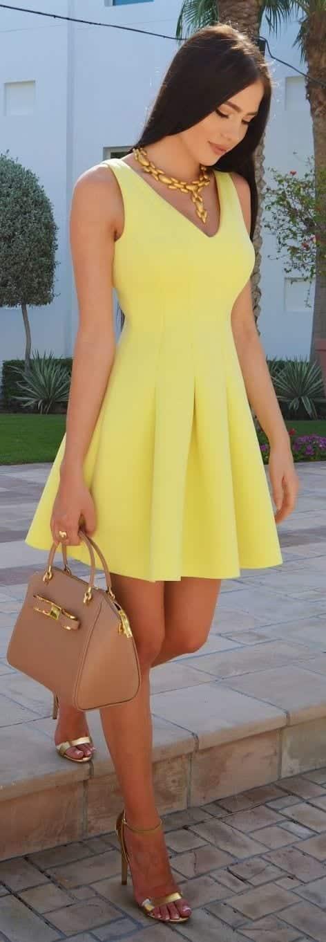 67b64da2a55 Sunday Brunch Outfits-15 Ways to Dress up for Sunday Brunch