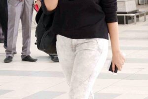 Parineeti Chopra outfit4