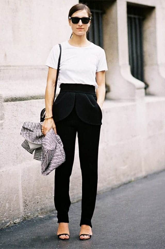 minimalist outfit for summer
